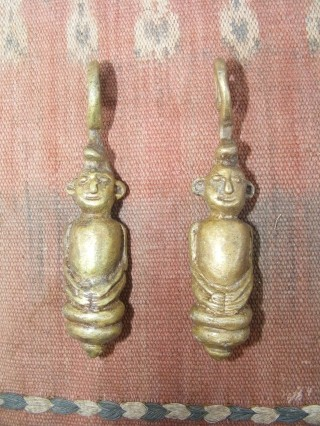 #10 Warrior earrings Headhunter Dayak figure earweight