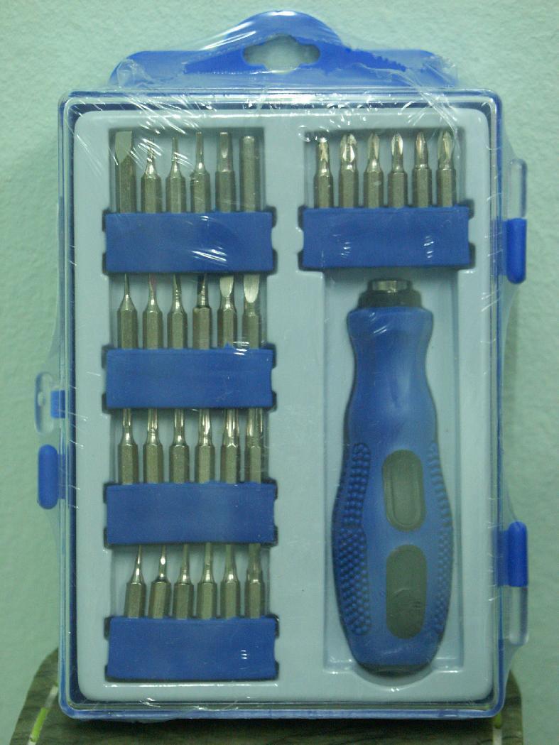 32 IN 1Precision Tools