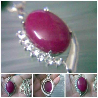 ABPJ-R006 Lovely Rose Red Jade Silver Border Crystal Pendant Necklace