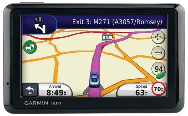 Genuine Garmin Nuvi 1390T GPS full set like brand new. Retail RM1390.