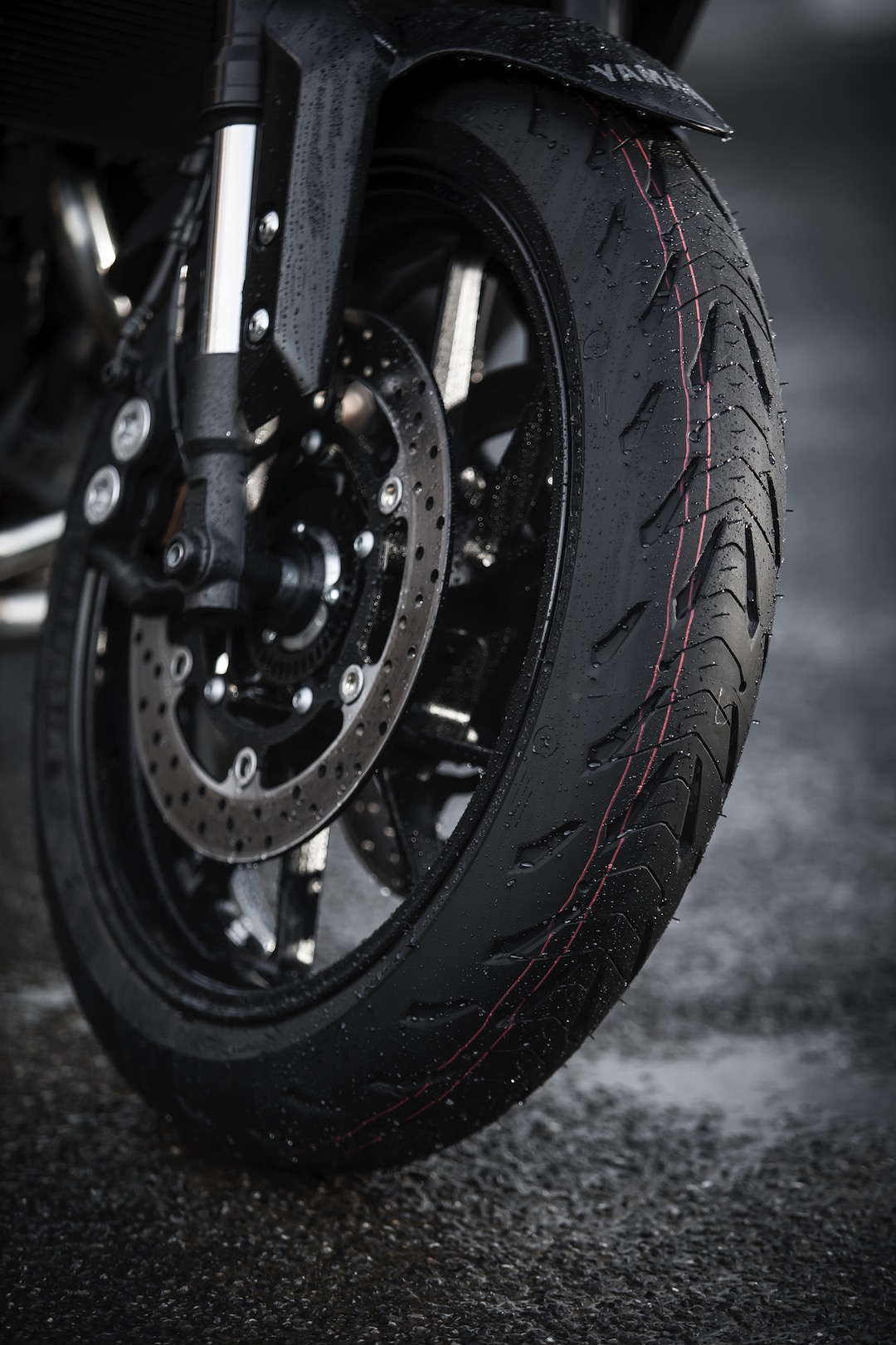 Michelin Road 5 FRONT AND REAR MOTORCYCLE TYRE (SPORT TOURING)