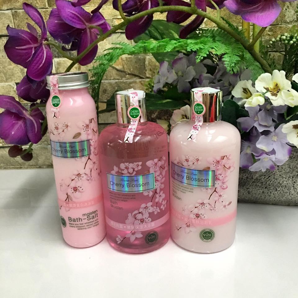 Cherry blossom bathroom set