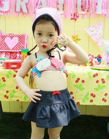(SS13-100) New Omoroi Cute Girl-Girl Swimsuit - Set In 4