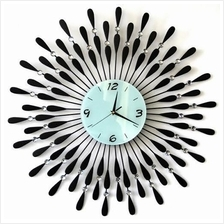 SPECIAL OFFER!! LUXURIOUS & STYLISH HOME DECORATIVE URBAN WALL CLOCK