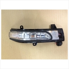 Suzuki Grand Vitara Side Mirror Turn Signal Lamp RH 36410-78K00