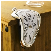 Melting Art Wine Wall Clock
