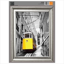FRAME STICKER - YELLOW TRAM IN LISBON