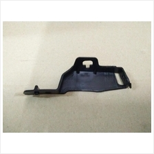 Mazda 3 - 2014- 2.0cc Rear Bumper Side Bracket Small RB/LH BHN951077B
