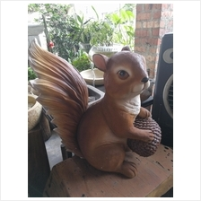EXTRA LARGE POLYRSIN SQUIRREL DECOR HEIGHT 62 CM CODE 50696-2