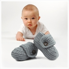 1 Pair Cute Infants Toddlers Gray Baby Soft Crochet Knit Crib Shoes