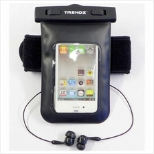 Trendz Waterproof Music Arm Pack - Waterproof Earphone Included)