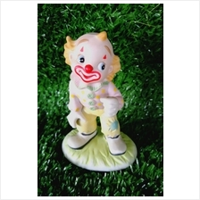 PORCELAIN HAND PAINTED DECORATION STATUE ANIMALS GIFT SS036