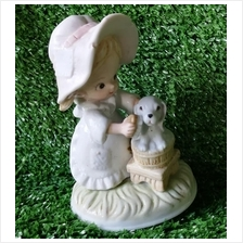 PORCELAIN HAND PAINTED DECORATION STATUE ANIMALS GIFT SS083