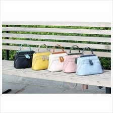 555699571335 PU leather shell bag