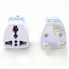 Universal 2 Pin To 3 Pin UK Plug Malaysia Travel Converter Adapter 1PC