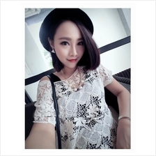 14242 Loose Small Chrysanthemum Lace Blouse