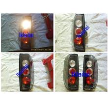 Nissan Navara `07 Tail Lamp Crystal Black [NS71-RL02-U]