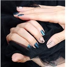 Classic Gel Manicure for 2 Persons)
