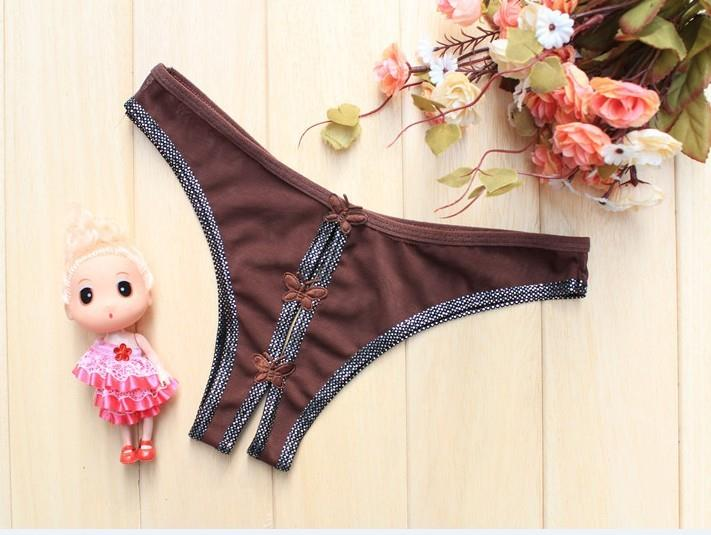 02015 Delicate Bowknot Hollow Crotch with Silver Fringe G-String