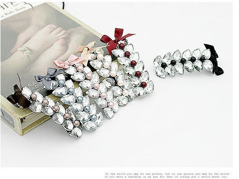 04646 Korean design bow section double crystal hairpin