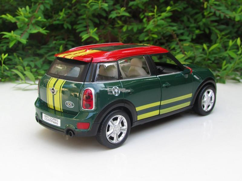 1/28 Diecast BMW Mini Cooper S Countryman PullBack Sound Light (Green)