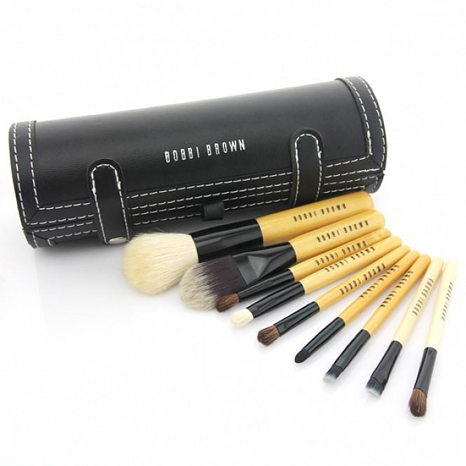 10-Piece Bobbi Brown Makeup Tools Set.