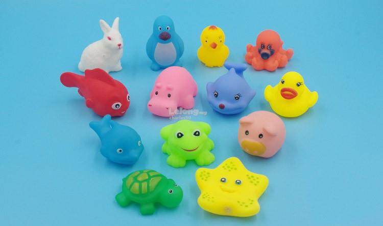 13 Pcs Mixed Animals Swimming Water Toys Colorful Soft Floating Rubber