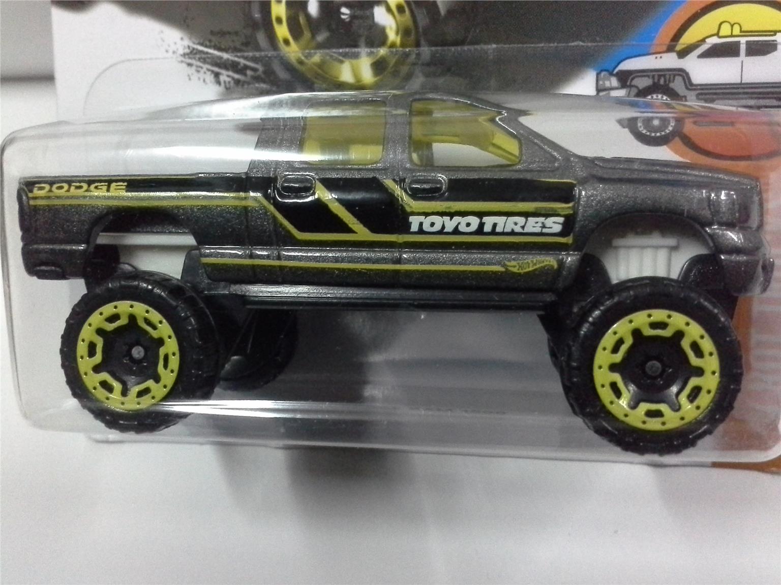 2016 Hot Wheels Black Dodge Ram 1500 4X4 33//365