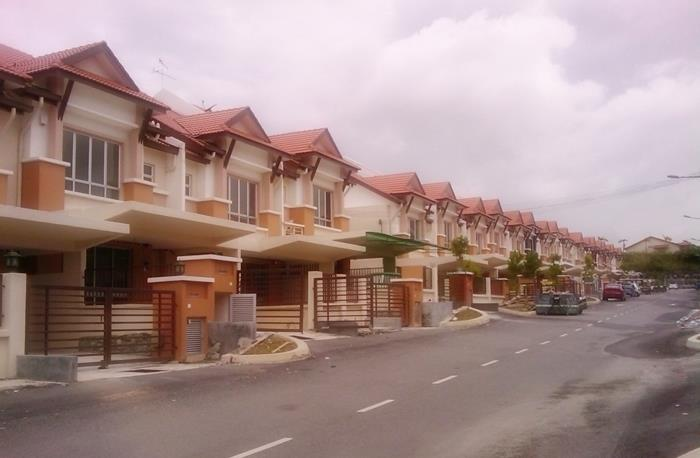 2sty Terrace House for rent, w Security, Taman Mutiara Indah, Puchong