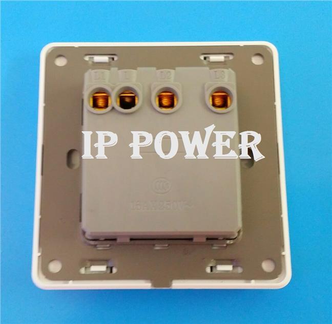 3 Gang 1 Way Switch Socket Suis Lamp