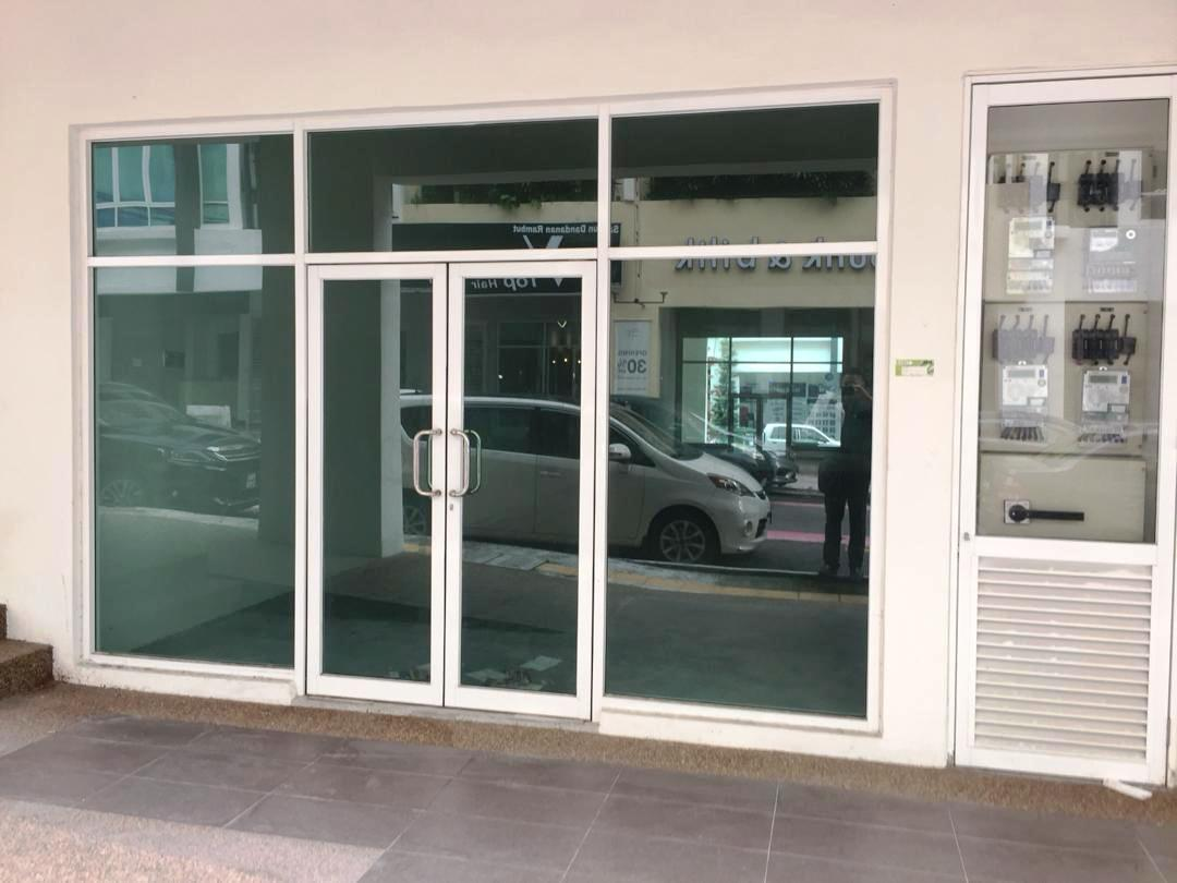 3sty Shop Office for rent, Brand New, Crowded Busy Area, Sri Petaling