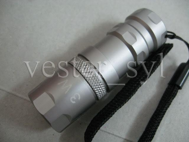 3W Hi-Power LED Pocket Flashlight (1XRCR123A)