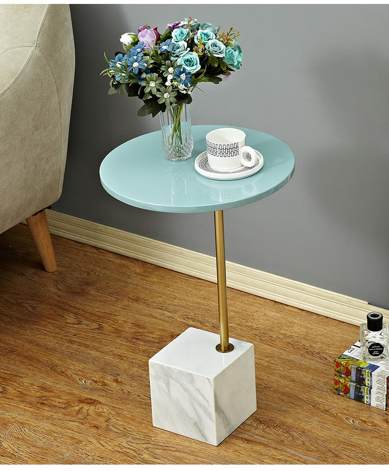 564978295696 Nordic creative coffee, corner table