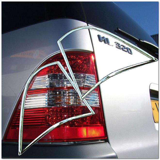 [8490] Mercedes Benz W163 ML Class Chrome Tail Gate Tail Light Trim Re