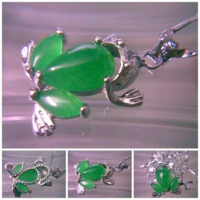 ABPSM-F018 Beautiful Jewelry Silver Stunning Green Jade Frog Necklace
