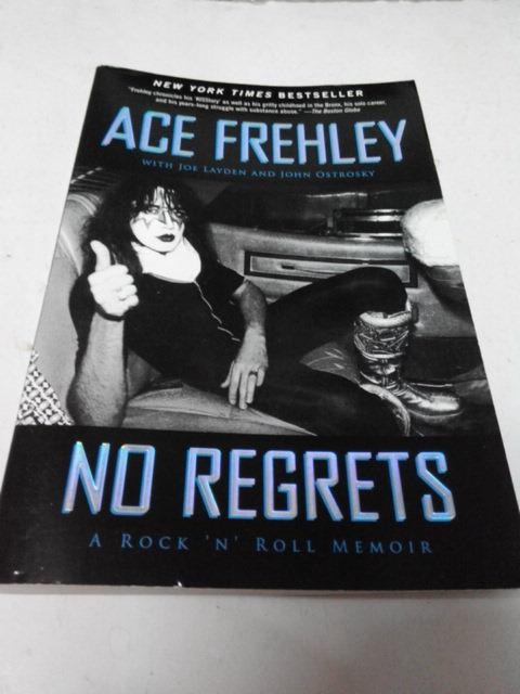 ACE FREHLEY - NO REGRETS BOOK KISS ROCK