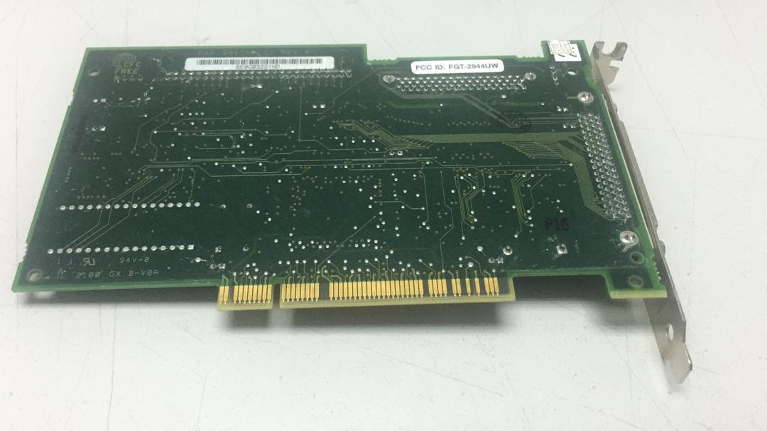 Adaptec AHA-2944Uw PCI SCSI Card 1615700-01 F, 991506-00