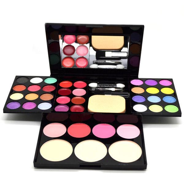 ADS Makeup Kit Palette Fashion Professional Christmas Gift Hamper