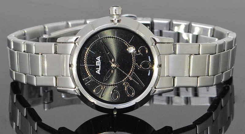 Alba Ladies Stainless Steel Dress Watch VJ22-X047BSS