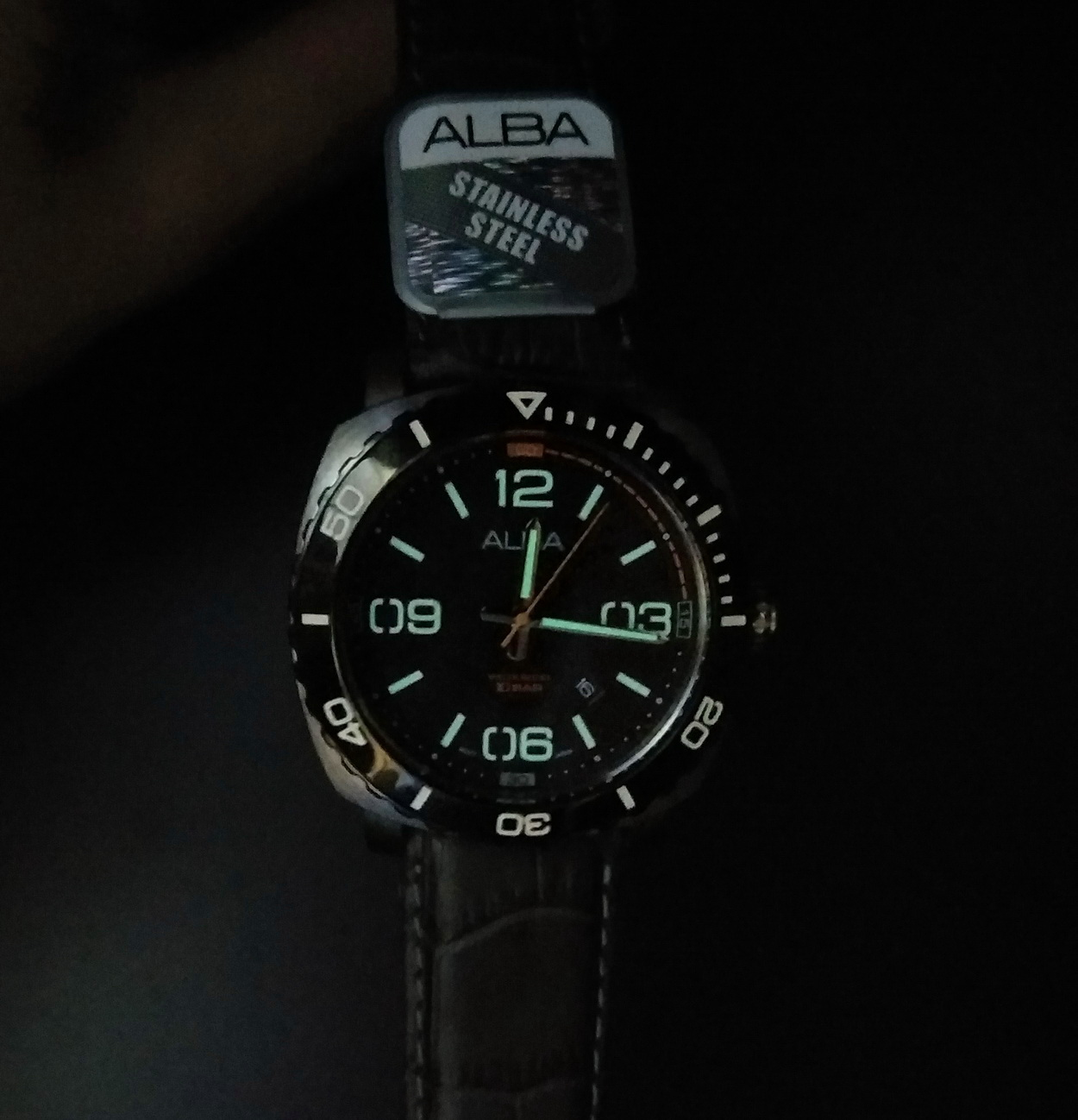 ALBA Men ACTIVE Large Numeral Grey Leather Date Watch VJ32-X277NBSL