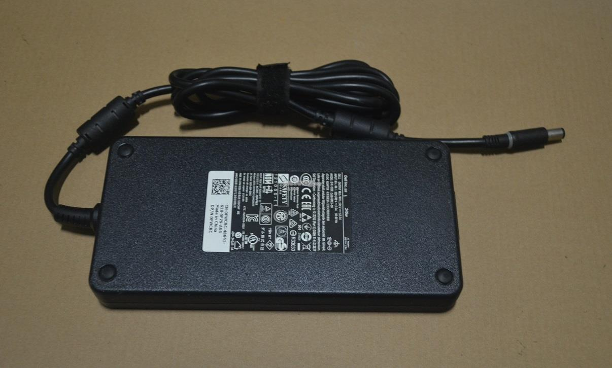 Alienware 17 R2 240W Power Adapter