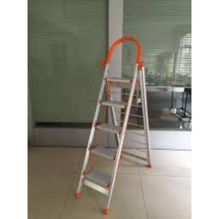 Stupendous Aluminum Lightweight 4 Step Ladder 2 In 1 Step Stool Multi Use Ladder Machost Co Dining Chair Design Ideas Machostcouk