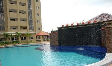 Aseana Puteri Condo, high floor, fully furnished, facing pool, nego
