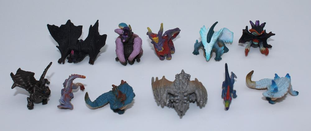Assorted monster/dinosaur/dragon mini figures 10 pieces