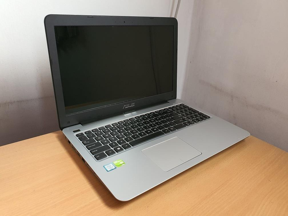 Asus A556U i5-6200U 4GB Ram 1TB HDD 2GB Nvidia Geforce 930M Gaming