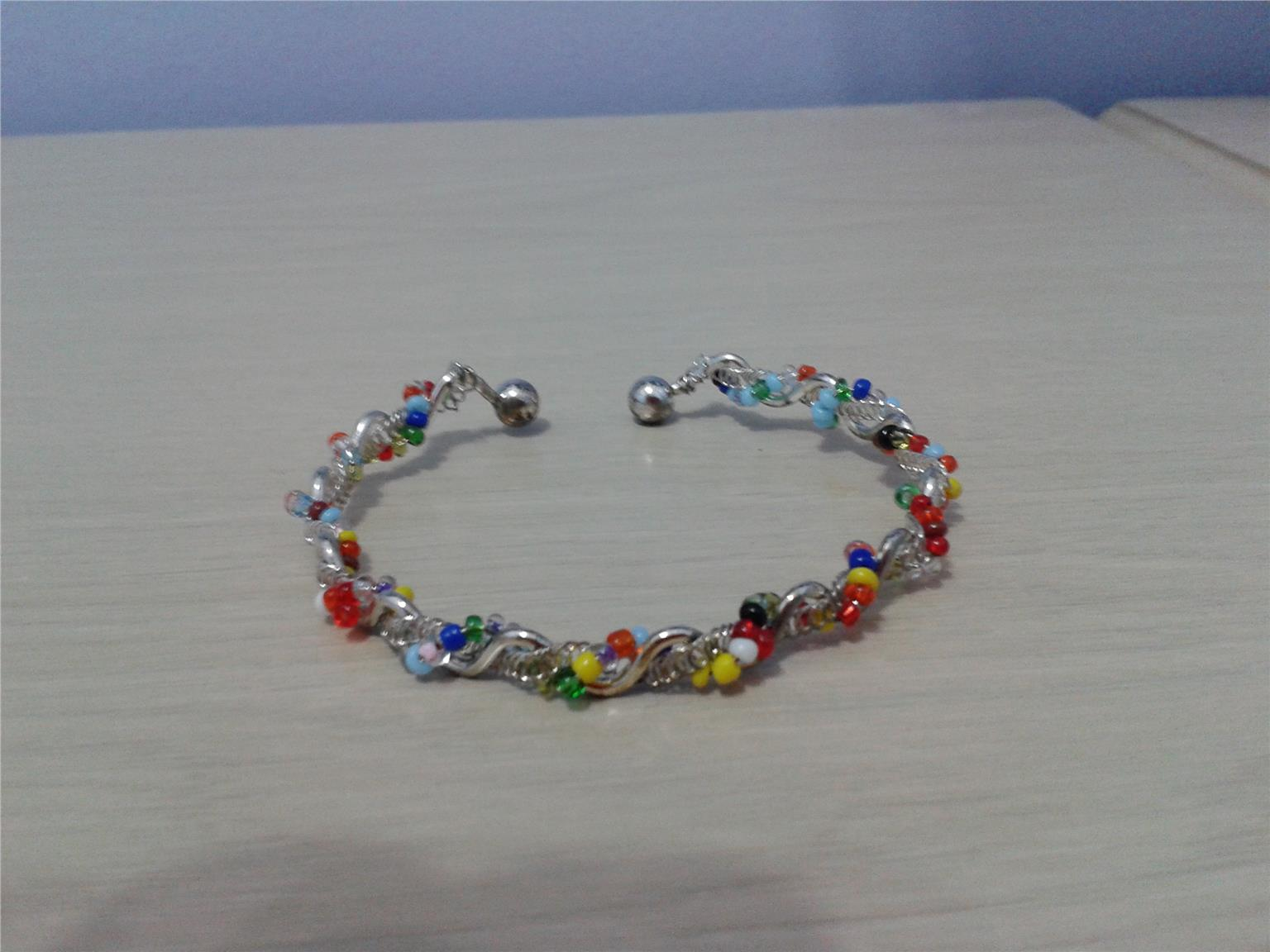 BANGLE - COLOURFUL BEADS B11