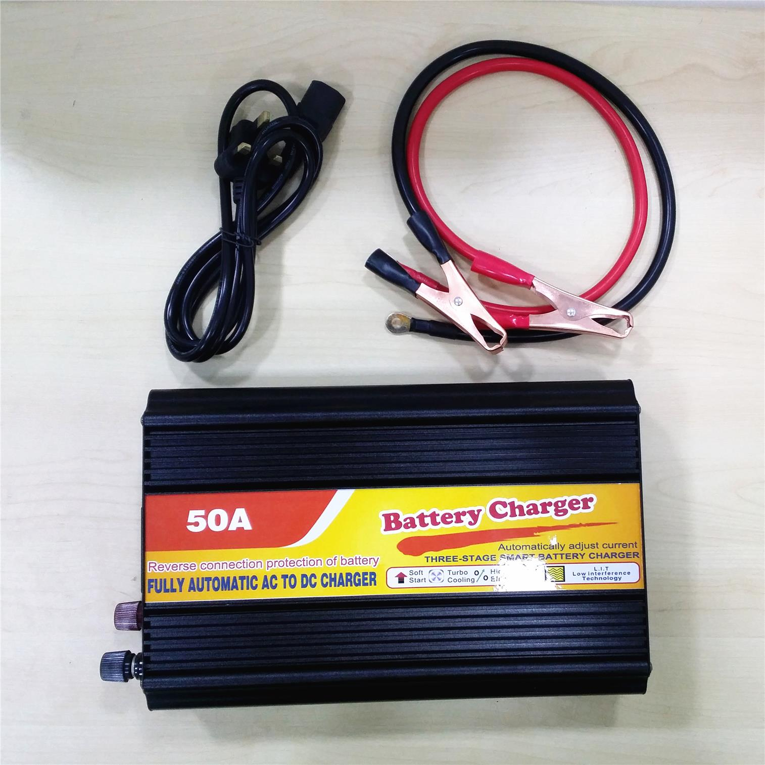 Battery Charger 50a 12v For Ups So End 10 19 2019 1215 Pm Solar Based Multipurpose Circuit Lorry Boat 150ah To 500a