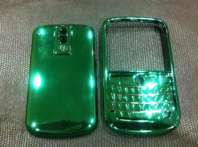 Blackberry BOLD 9000 Chrome Dark Green Housing.