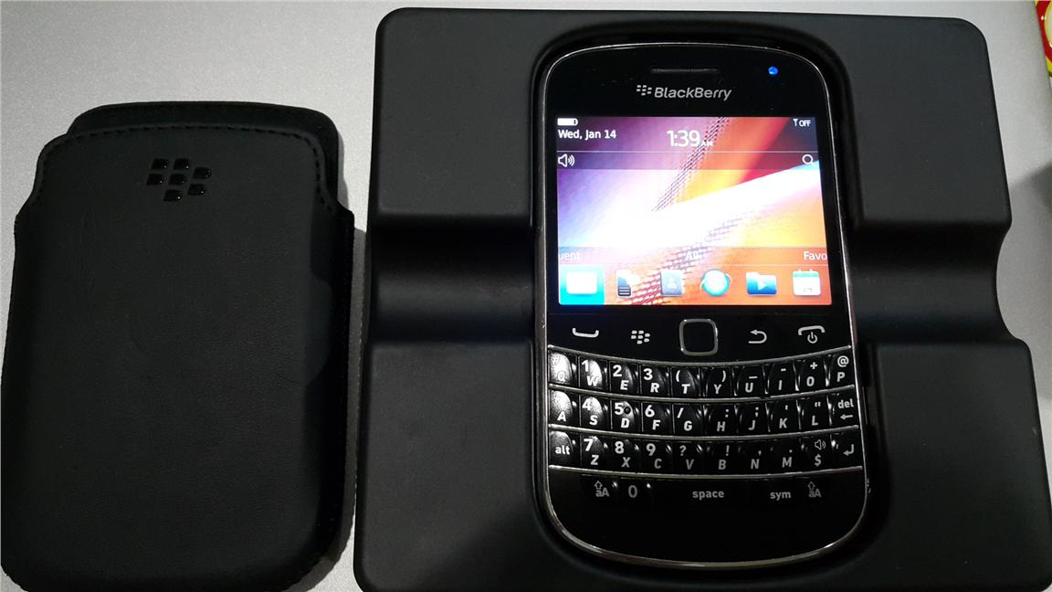 Blackberry bold 9900 for sale end 1292016 1015 pm blackberry bold 9900 for sale reheart Choice Image