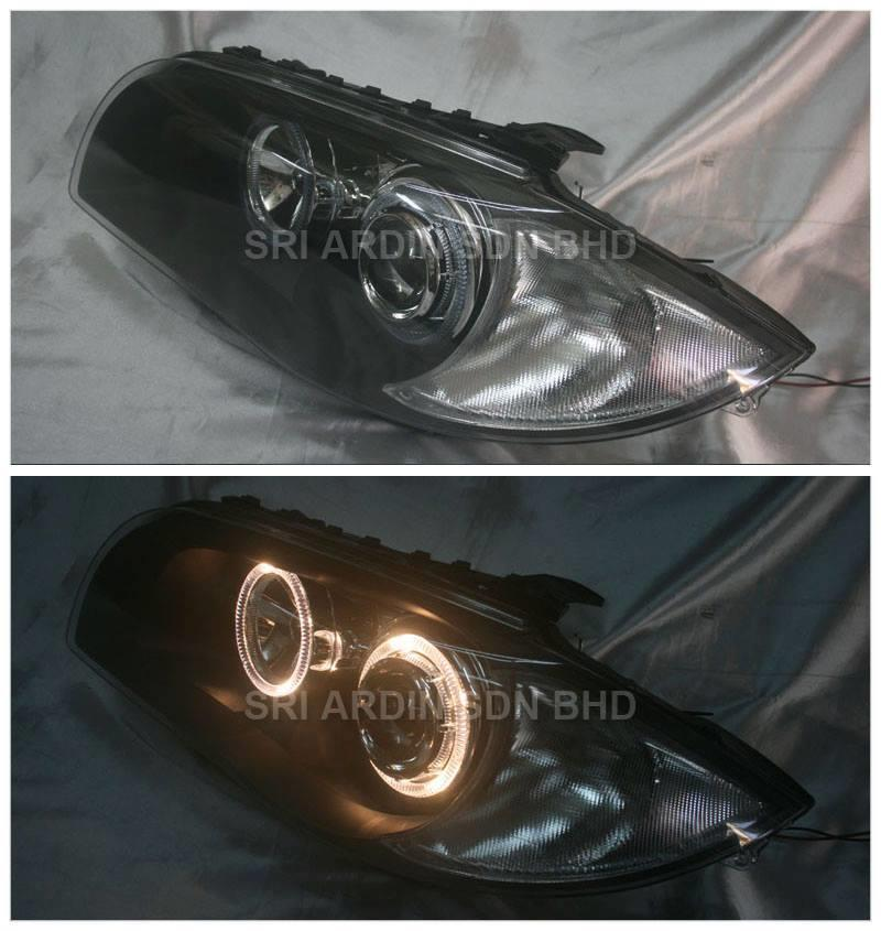 BMW 1 Series E87 04 Black Face Projector Headlamp w Ring